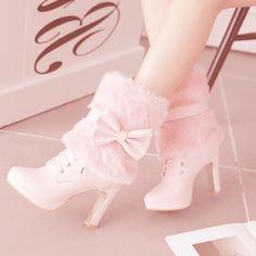 Kiyumie : Photo Fancy Shoes, Pretty Shoes, Beautiful Shoes, High Heel Boots, Heeled Boots, High Heels, Shoes Heels, Fashion Heels, Fashion Boots