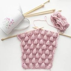 Diy Crafts - knitting,Making-Strawberry Knitting Model Making, raspberry sensory swatches bubblegummodel - bubblegummodel knitting Making mode Knitting Basics, Knitting Stiches, Knitting Patterns Free, Knit Patterns, Free Knitting, Crochet Stitches, Baby Knitting, Diy Crafts Knitting, Knitting Projects