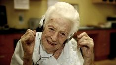 You can donate your used iPods to this organization that uses music therapy in individuals with dementia -- with amazing, heartwarming results.