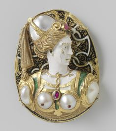 Plate or plaque (?) of gold, pearls, enamel and ruby(?), France, circa 16th century
