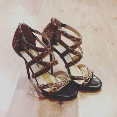 Sandalias de leopardo de Jimmy Choo - ANANQUE VINTAGE