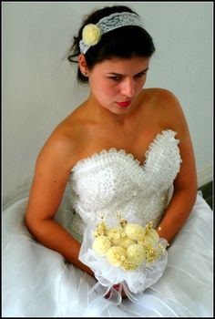 headband de renda branca com flor de escama de peixe