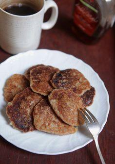 Pancakes de banana e coco (vegan, sem farinha de trigo, sem açúcar)
