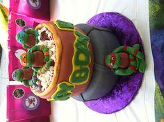 Ninja turtles cake Cupcake Birthday Cake, Cupcake Party, Cupcake Cakes, Cupcakes, Bolo Ninja, Ninja Turtle Party, Ninja Turtles, 4th Birthday Parties, Birthday Ideas