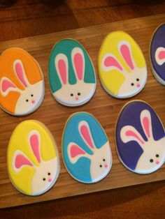 Funny Bunny Easter Eggs decorated cookies. Galletas decoradas / Iced biscuits