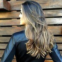 Este é o corte perfeito para você que quer um pouco de movimento. | 15 cortes de cabelos longos pra quem quer só tirar as pontinhas
