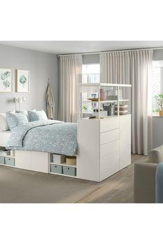 PLATSA Sengestel med 5 låger og 5 skuffer, hvid/Fonnes hvid, 140x244x163 cm. PLATSA seng opfylder dit søvn- og opbevaringsbehov og hjælper dig med at skabe din egen oase på meget lidt plads. Sammen med PLATSA systemet får du både plads til privatliv og alle dine ting. Frame Shelf, Bed Frame With Storage, Open Shelving Units, Recycled Door, No Closet Solutions, Bed Slats, Hemnes, One Bedroom Apartment, Bed Base