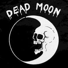 Met Dead Moon-oprichters Fred en Toody Cole haalde Hotsjumenas een koppel levende legendes naar Het Bos voor wat werd aangekondigd als hu...