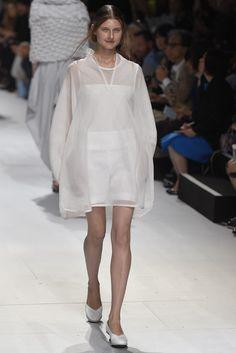 Issey Miyake RTW Spring 2015 - Slideshow - Runway, Fashion Week, Fashion Shows, Reviews and Fashion Images - WWD.com
