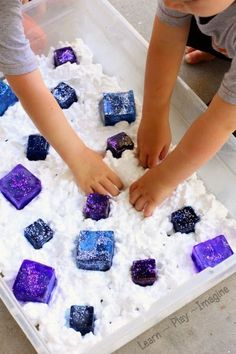 December Sensory bins of shaving cream can turn into a winter play scene with colored ice. Planning to freeze ice cubes with food coloring or liquid water color. Infant Activities, Preschool Activities, Summer Preschool Themes, Preschool Age, Family Activities, Sensory Tubs, Toddler Crafts, Kid Crafts, Projects For Kids