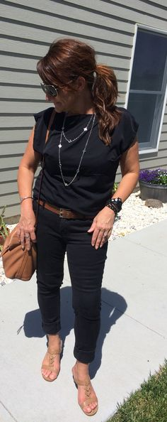 Take a look at the best casual outfits for funeral in the photos below and get ideas for your outfits! Summer Funeral Outfit, Funeral Dress, Funeral Attire, Funeral Outfits, Best Casual Outfits, Cute Spring Outfits, Fall Winter Outfits, Cute Outfits, Preppy Outfits