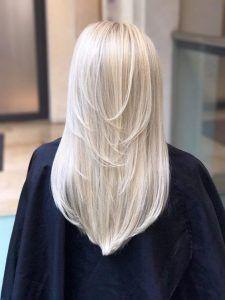 Best Keratin Hair Masks and Keratin Deep Conditioners Ice Blonde Hair, Blonde Hair Shades, Light Blonde Hair, Blonde Hair Looks, Brown Blonde Hair, Platinum Blonde Hair, White Blonde Highlights, Bleach Blonde Hair, Blonde Color