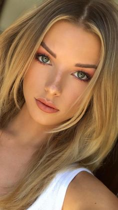 Young and beautiful . - great - Young and beautiful …, - Most Beautiful Faces, Young And Beautiful, Beautiful Eyes, Gorgeous Women, Beautiful Clothes, Girl Face, Woman Face, Beauté Blonde, Gorgeous Blonde