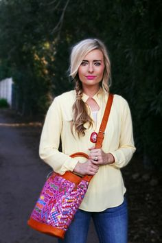 Add a pop of #RadiantOrchid to your outfit with a print crossbody bag! Great way to incorporate the #ColoroftheYear.