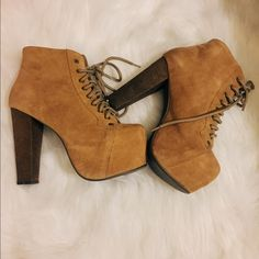 Jeffrey cambell (Litas) Jeffrey cambell suede boots. Wore it 4 times and it's still in good condition. Jeffrey Campbell Shoes Platforms