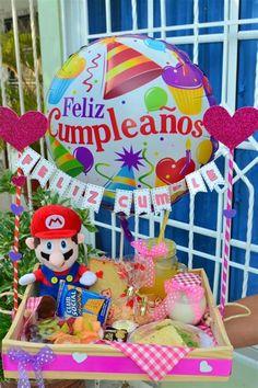 Diy Birthday Box, Birthday Gifts, Birthday Parties, Birthday Morning, Birthday Breakfast, Diy Party Decorations, Balloon Decorations, Weird Gifts, Chocolate Bouquet