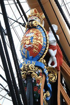 "HMS Victory ""honi soit qui mal y pense"""