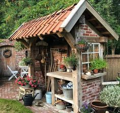 Latest Snap Shots garden shed diy Suggestions If you are a little bit short on . - Latest Snap Shots garden shed diy Suggestions If you are a little bit short on time through your h - Garden Shed Diy, Backyard Sheds, Diy Shed, Garden Cottage, Dream Garden, Home And Garden, Witch's Garden, Backyard Greenhouse, Homemade Greenhouse