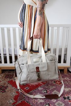 What to pack in your hospital bag Birth Hospital Bag, Packing Hospital Bag, Hospital Bag For Mom To Be, Prepping For Pregnancy, Pregnancy Labor, Getting Ready For Baby, Fashion Design Sketches, Baby Birth, First Time Moms