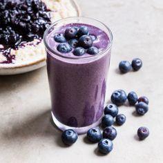 Blueberry Banana Smoothie, Blueberry Breakfast, Breakfast Time, Breakfast Ideas, Protein Smoothie Recipes, Breakfast Smoothie Recipes, Smoothie Prep, Healthy Smoothies, Deliciously Ella Recipes