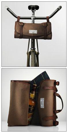 Dewar's and Freeman Sporting Club Travel Bag