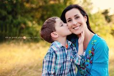 can't wait to do a mommy and me shoot again!! ah! get to try out a new style soon