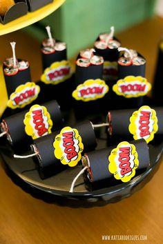 Festa Matheus - Batman Party - Ideas of Batman Party - Festa Matheus Avengers Birthday, Batman Birthday, Superhero Birthday Party, 6th Birthday Parties, Boy Birthday, Superhero Party Favors, Wonder Woman Birthday, Wonder Woman Party, Incredibles Birthday Party