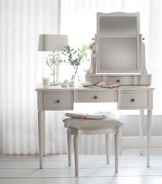 Laura Ashley home story Casual Chic
