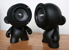 Awsome design wee people with speakers as there face just look amazing :) Designer: Ed Lewis