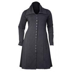 Grote maten damesmode Boris Industries vest lang drukkers | Fashion In Conflict