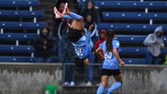 Chicago Red Stars forward Sam Kerr scored her second goal of the game, and fourth of the season, to seal the win for the Red Stars vs. the North Carolina Cou. Women's Football, Soccer League, North Carolina, Chicago, Goals, Running, Red, Keep Running
