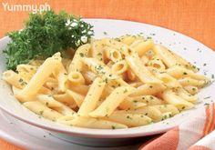 A simple, speedy pasta dish of four cheeses: gorgonzola, mascarpone, blue, and Parmesan.