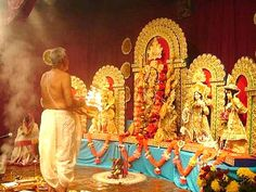 Sandha Aarti In Durga Puja