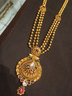 new ideas jewerly necklace long bijoux Gold Ring Designs, Gold Earrings Designs, Gold Jewellery Design, Gold Mangalsutra Designs, Gold Jewelry Simple, Antique Necklace, Gold Necklace, Lockets, Gold Pendant