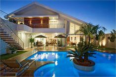 Modern House Plans, Modern House Design, Backyard Pool Designs, Property Design, Diy Home Decor Bedroom, Pool Houses, House Goals, Model Homes, Exterior Design