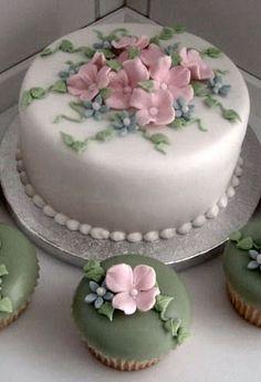 Indian Weddings Inspirations. Amazing Wedding Cake with wedding cupcakes. Repinned by #indianweddingsmag indianweddingsmag.com