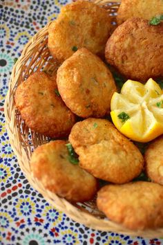 Ramadan Recipes 41478 maakouda maaqouda Plus Iftar Recipes Pakistani, Algerian Recipes, Turkish Recipes, Mexican Food Recipes, Best Appetizers, Appetizer Recipes, Plats Ramadan, Moroccan Dishes, Cuisine Diverse