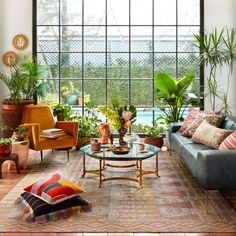 Justina Blakeney, Boho Living Room, Moroccan Decor Living Room, Living Room Plants, Eclectic Living Room, Cozy Living, Outdoor Furniture Sets, Outdoor Decor, Eclectic Furniture
