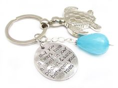 Shell in Pocket Keychain, Sea Turtle Keychain, Turtle Keychain, Beach Keychain, Car Accessory - pinned by pin4etsy.com