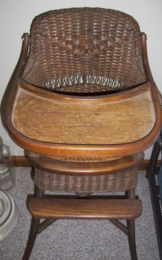 Antique Wicker High Chair Old Wicker, Wicker Baskets, Rattan Furniture, Antique Furniture, Antique High Chairs, Antique Nursery, Old Cribs, Rustic French Country, Shabby Chic Decor