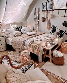 Boho Bedroom Design With Canopy Accent ★ Amazing DIY decorations can be made, using bedroom string lights. And this party decor can be placed not only in the bedroom but also in the backyard. Room Makeover, Bedroom Makeover, Boho Bedroom Design, Room Inspiration, Room Decor, Small Bedroom, Bedroom Decor, Girl Bedroom Decor, Cozy Room Decor