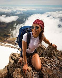 Take a hike - Sports Fitness Trekking, Hiking Photography, Photography Poses, Wander Woman, Granola Girl, Hiking Fashion, Camping Outfits, Hiking Outfits, Adventure Is Out There