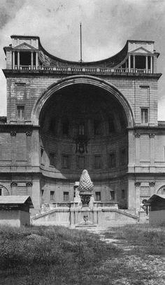 Bramante - Cortile del Belvedere - Vaticano