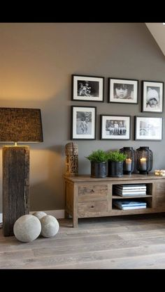 By using a few basic Feng Shui principles, you can create a warm, comforting environment in every room in your home, including the bathroom. Living Room Grey, Home Living Room, Living Room Decor, Dining Room, Home Design, Interior Design, Design Ideas, Wall Design, Design Trends