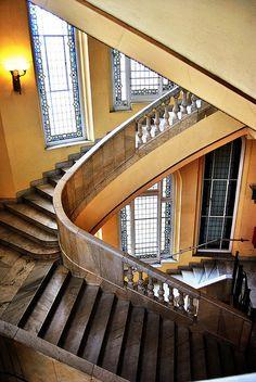 05  Historia de una escalera Circulo Bellas Artes 10565 by javier1949, via Flickr