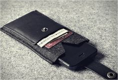 CHARBONIZE IPHONE WALLET CASE