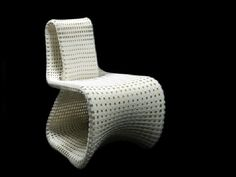 Cellular Loop chair designed by Anke Bernotat (http://www.bernotat.eu/) is a 3D printed chair inspired by a small tissue element found in the bones.
