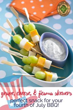 Perfect for your fourth of July party or BBQ, these California grape, cheese, and jicama kabobs are an easy snack that kids can make! #fourthofjulyfood #fourthofjuly #fourthofjulyfoodbbq #fourthofjulyfoodideas #fourthofjulyparty #july4th #4thofjulyfood #fourthofjulypartyideas #best4thofjulyrecipes #4thofjulymenuideas #fourthofjulysnacks #fourthofjulysnacksforkids #fourthofjulysnackideas #fourthofjulysnackseasy #kabobs #skewers #kidscanmake #fourthofjulyskewers #fourthofjulyfruitkabobs Yummy Appetizers, Appetizer Recipes, Snack Recipes, Vegetarian Recipes, Summer Snacks, Easy Snacks, Summer Recipes, Party Food To Make, Grape Smoothie