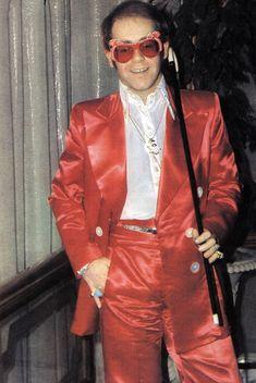 Elton John Photos: The Rock & Style Icon Through the Years Rock Chic, Glam Rock, Rock Style, Elvis Presley, Jamie Bell, Studio 54, Gianni Versace, John Lennon, Fred Mercury