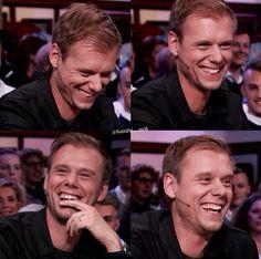legit tho his laugh makes me melt fml